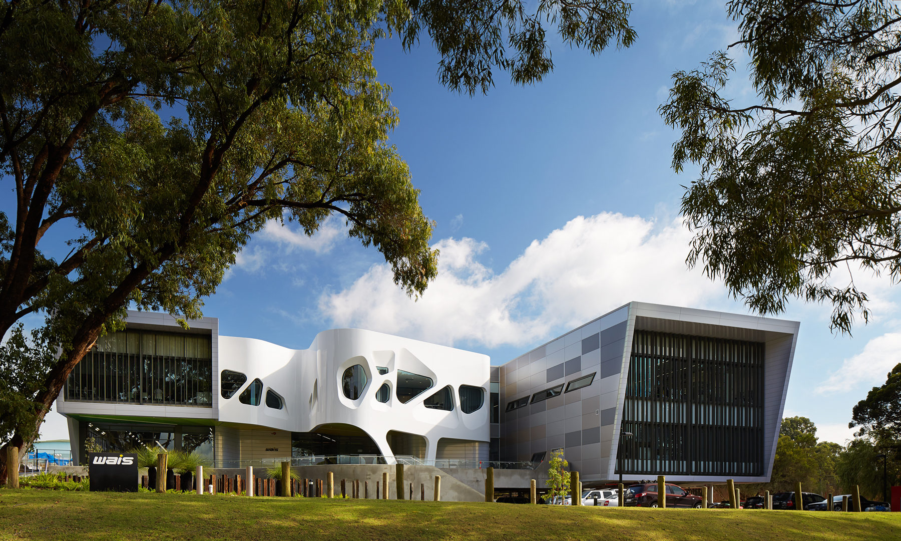 West Australian Institute of Sport High Performance Service Centre, Architect: dwp suter and Sandover Pinder in association