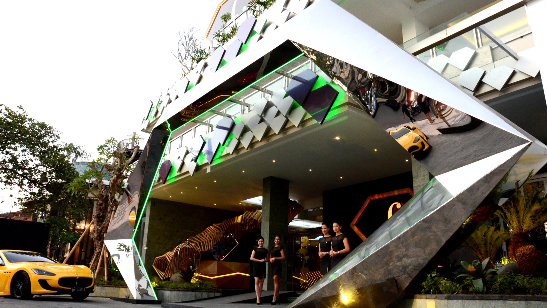 Fashion Hotel Legian 01